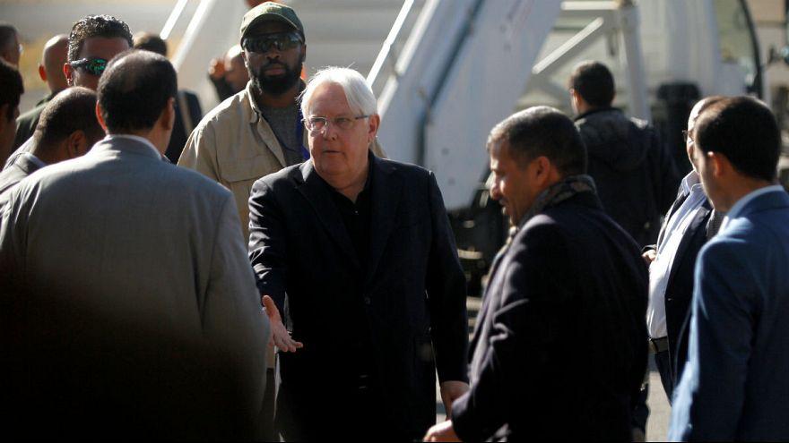 مذاکرات صلح یمن در سوئد؛ نمایندگان دولت یمن وارد استکهلم شدند