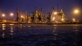 Ukraine resumes shipments after standoff with Russia