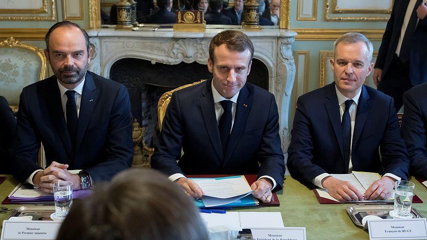 De gauche à droite : Edouard Philippe, Emmanuel Macron et François de Rugy