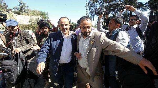 A member of the Houthi delegation departs for talks in Sweden