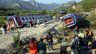 """AYM 2004'teki """"hızlandırılmış tren"""" kazası için """"yaşam hakkı ihlali"""" dedi; tazminata hükmetti"""