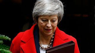 Bizalmatlansági szavazás lesz a brit kormányfő ellen