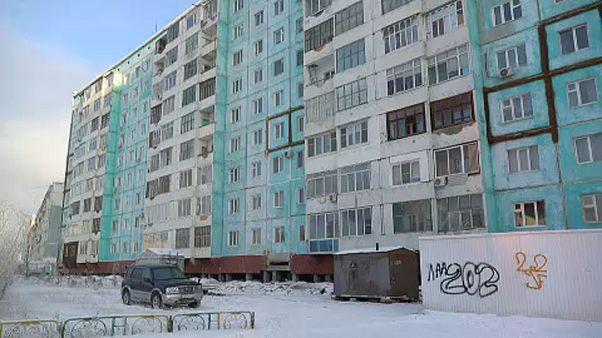 Szép lassan elolvad Szibéria házai alól a talaj
