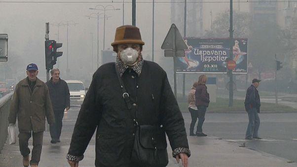 Жители Сараево задыхаются от смога