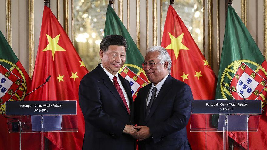 Presidente chinês Xi Jinping e António Costa no Palácio de Queluz