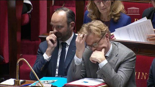 Kapitulált a francia kormány