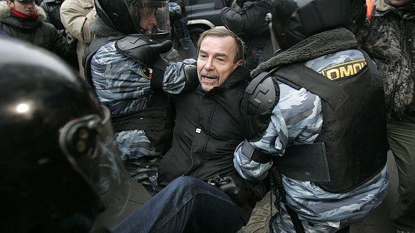Правозащитника Льва Пономарева арестовали за пост в Facebook