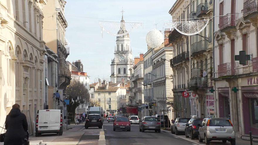 """""""Gilets jaunes"""" : l'inquiétude des commerçants de Bourg-en-Bresse"""