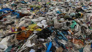 Ausztriában is betiltották a műanyag zacskókat