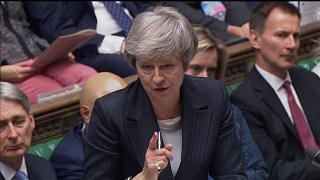 Κοινοβουλευτικός διάλογος για τo Brexit: Δύσκολες στιγμές για την Μέι