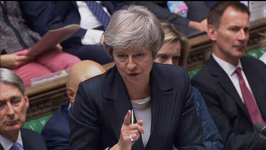 La frontière irlandaise, le boulet que traîne encore Theresa May