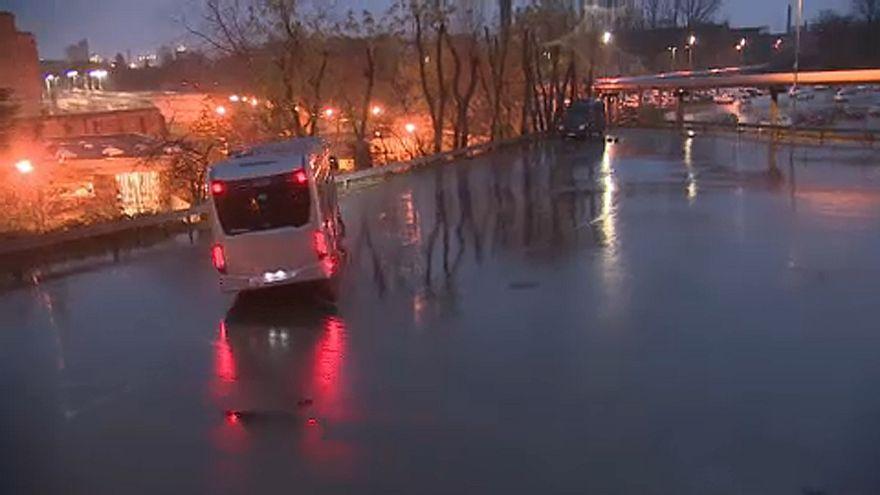 Terjednek az elektromos buszok