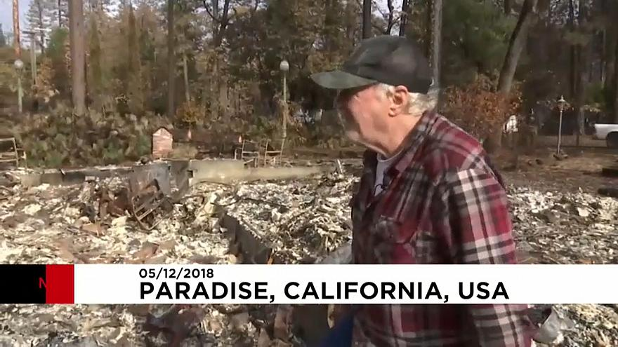 Residents return to US town destroyed by wildfire