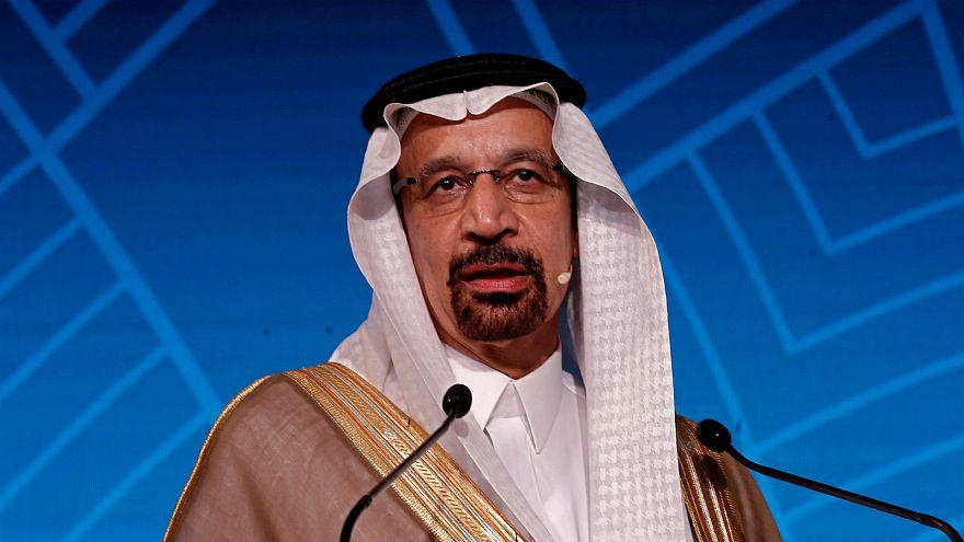احتمال خفض انتاج أوبك يساهم في تهاوي أسعار النفط