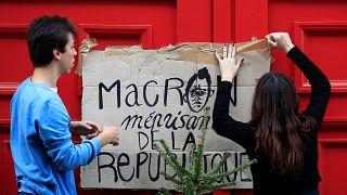Anuncian moción de censura contra el Gobierno francés por la crisis de los chalecos amarillos