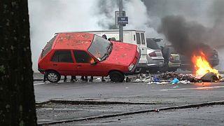 Paris'te 'sarı yelekliler'in başlattığ eylemler Nantes'a sıçradı