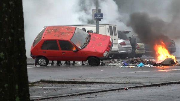 درگیری دانش آموزان فرانسوی با پلیس در شهر نانت