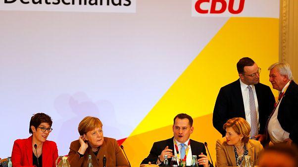 Γερμανία: Αλλαγή σκυτάλης στην ηγεσία του CDU