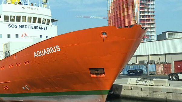 وقف أنشطة إنقاذ المهاجرين في البحر المتوسط بسفينة أكواريوس