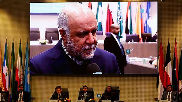 توافق اعضای اوپک برای کاهش ۸۰۰ هزار بشکه ای تولید؛ بهای نفت افزایش یافت