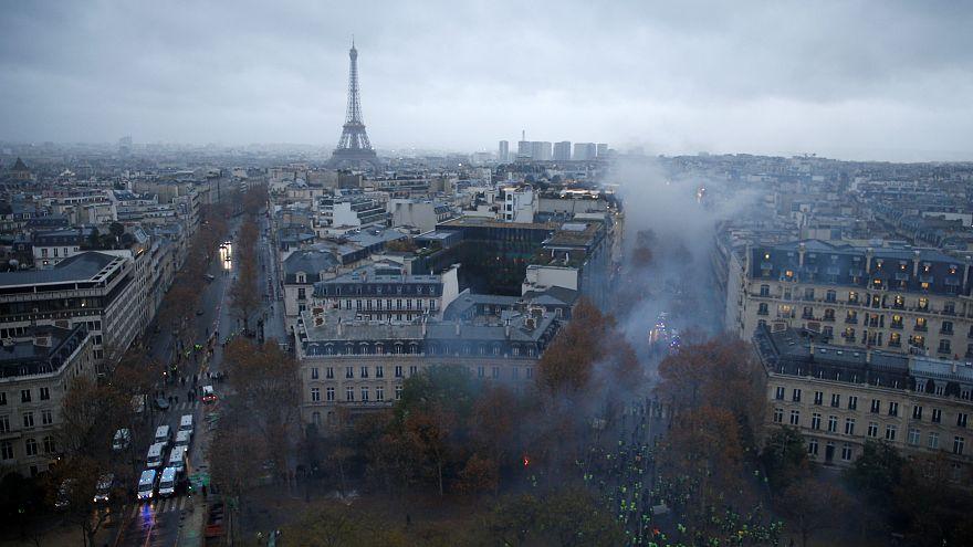 Sarı Yelekliler yeniden meydanlara çıkıyor, 'turistik Paris' cumartesi kapalı olacak