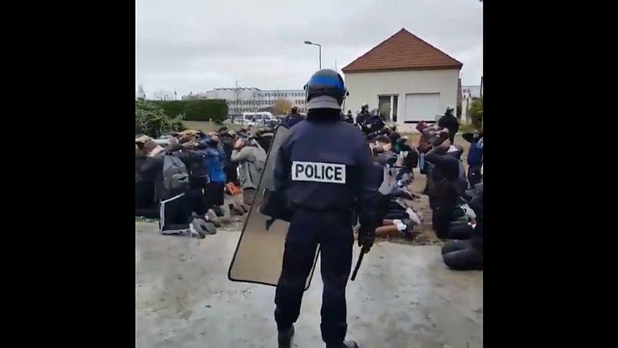 Onda de protestos chega às escolas