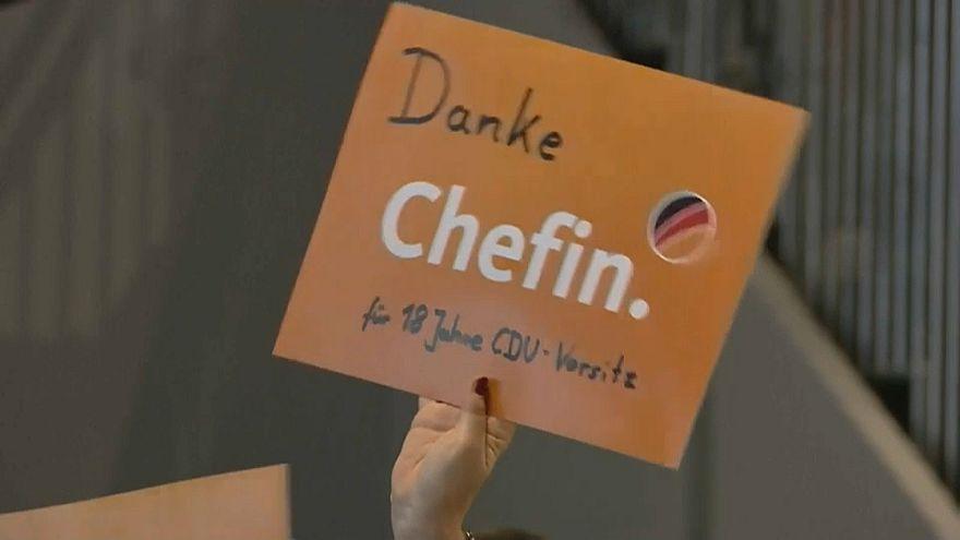"""""""Danke Chefin"""" - CDU zelebriert Abschied von Merkel"""