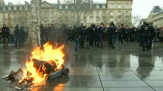 High school students in France take to Paris streets in support of 'yellow vest' movement