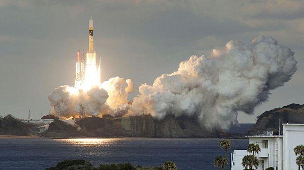 Suudi Arabistan uzaya iki uydu fırlattı