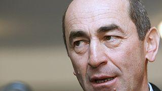 Eski Ermenistan Cumhurbaşkanı Koçaryan için tutuklama kararı