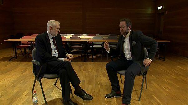 "Corbyn a Euronews: ""con i Labour niente backstop"""