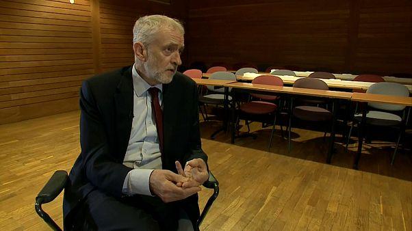 """Corbyn: """"No habrá apoyo a un acuerdo sin escapatoria"""""""