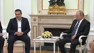 تسيبراس يعبر لبوتين عن انزعاجه من مشتريات الأسلحة الروسية من طرف تركيا