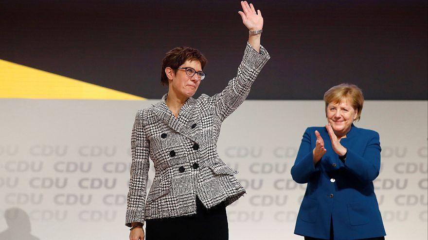 Merkel'in partisi CDU'nun yeni lideri Kramp-Karrenbauer kimdir?
