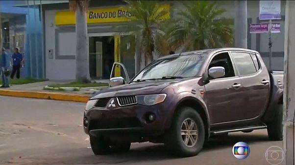 Brezilya'da banka soygunu sırasında çatışma: 6'sı rehine 14 ölü