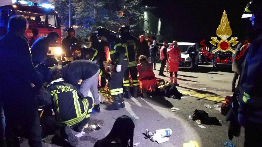 Video | İtalya'da eğlence mekanında izdiham: En az 6 kişi ezilerek öldü