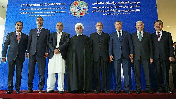 روحانی: با تحریم ایران مبارزه با تروریسم و مواد مخدر آسیب میبیند