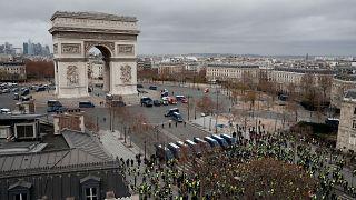 Массовые протесты и массовые аресты