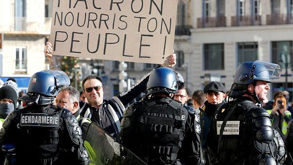 Macron will sich zu Protesten der Gelbwesten äußern