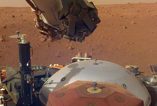 The NASA InSight spacecraft pictured on Mars
