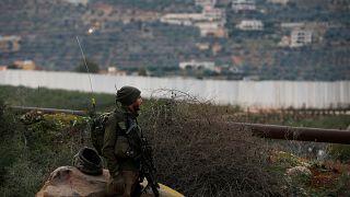 الجيش الإسرائيلي يطلق النار على نشطاء من حزب الله على الحدود مع لبنان