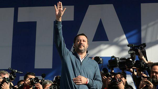 تاکید سالوینی بر مقابله ایتالیا با سیاستهای اقتصادی اتحادیه اروپا