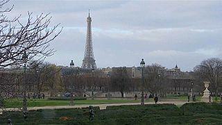 شاهد: إغلاق المعالم السياحية في باريس بسبب احتجاجات السترات الصفراء