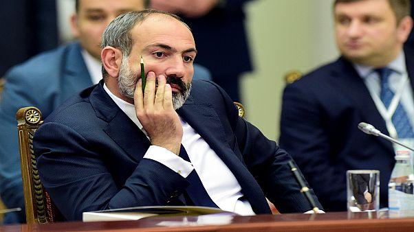 ناخبو أرمينيا يصوتون في انتخابات برلمانية مبكرة