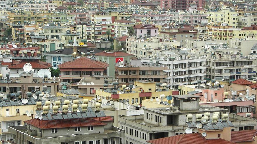 Türkiye'de her 5 kişiden 2'si 'sağlıksız evlerde' yaşıyor