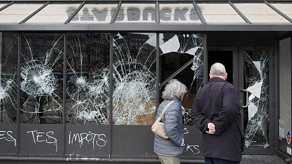 تخریب فروشگاه استارباکس در پاریس