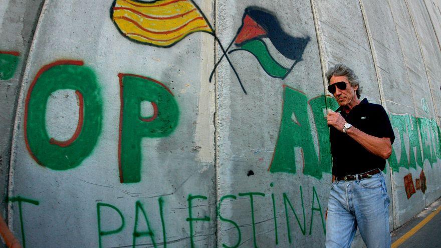 راجر واترز پای دیوار حائل میان کرانه باختری و اسرائیل