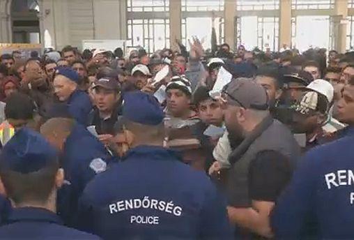 """Пакт ООН о миграции: """"за"""" и """"против"""""""
