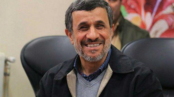 پیام احمدی نژاد به ماکرون: به حرف معترضان گوش دهید