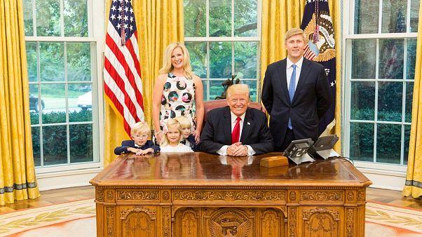 Trump'ın bir numaralı 'Özel Kalem Müdürü' adayı Ayers Beyaz Saray'dan ayrılma kararı aldı